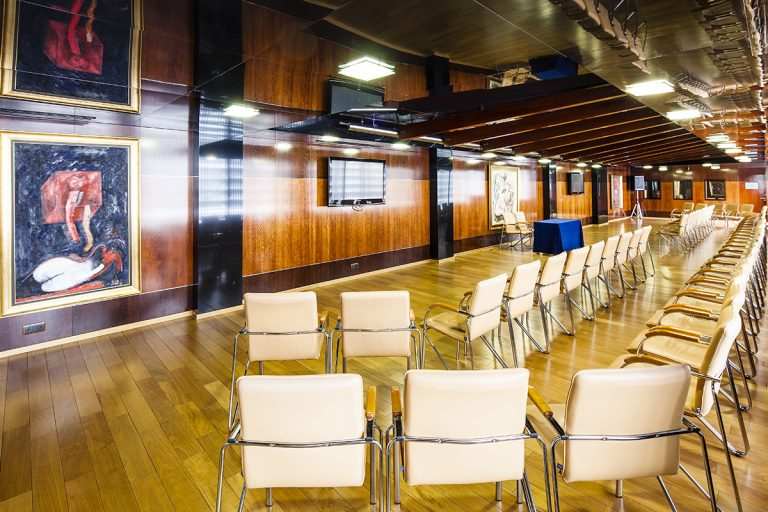 Conference-Room-Anel-2